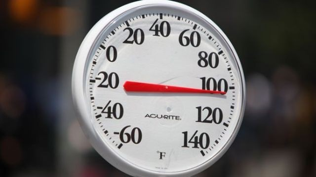 100-degrees-thermometer