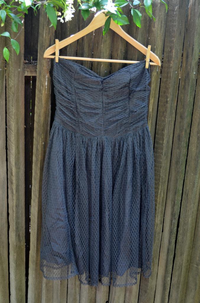 Quick Fix for a Strapless Dress
